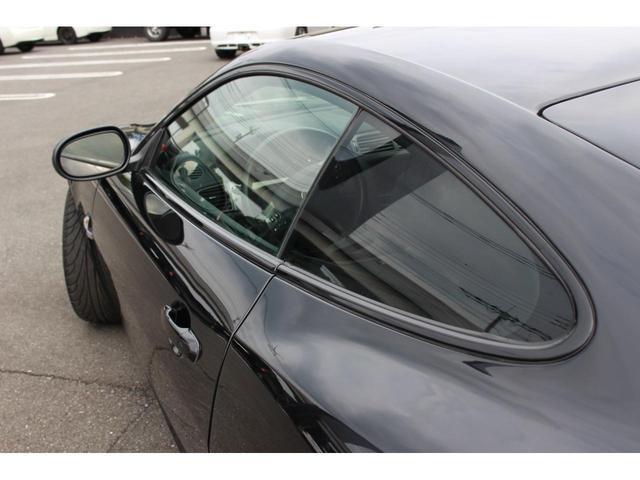 ジャガー ジャガー XKクーペ アシャンティー22AW 黒革 左ハンドル