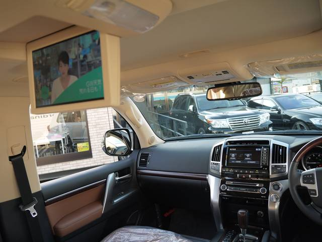 حصري Toyota land cruiser zx bruno cross