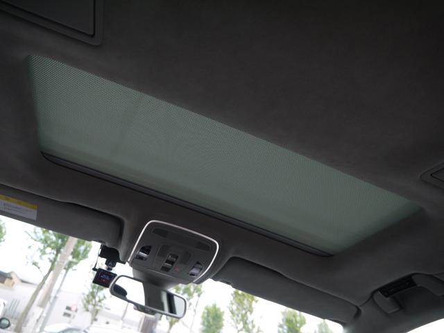 「アウディ」「A8」「セダン」「東京都」の中古車38