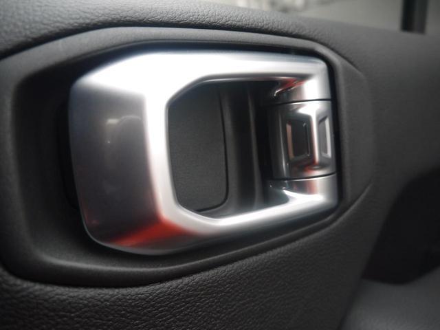 サハラ 2.0Lターボ 黒革シート ヒッチメンバー LEDヘッドライト クルーズコントロール フロント・リア・サイドカメラ ステアリング&シートヒーター カープレイ パーキングセンサー ETC 新車3年保証(16枚目)