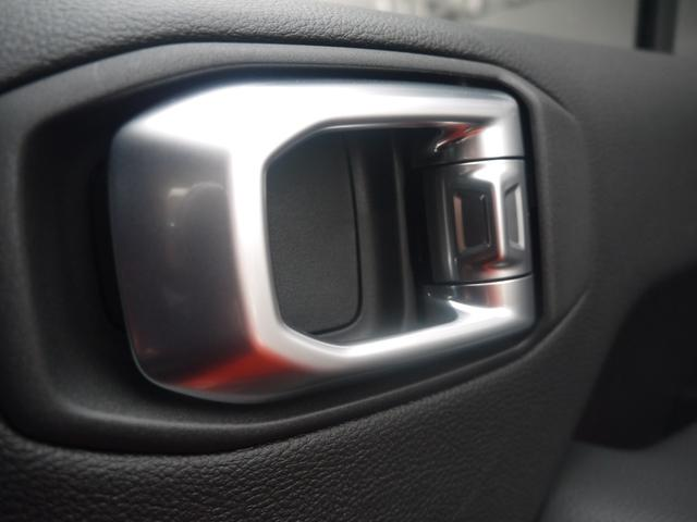 サハラ 2.0Lターボ 黒革シート ヒッチメンバー LEDヘッドライト クルーズコントロール フロント・リア・サイドカメラ ステアリング&シートヒーター カープレイ パーキングセンサー ETC 新車3年保証(20枚目)