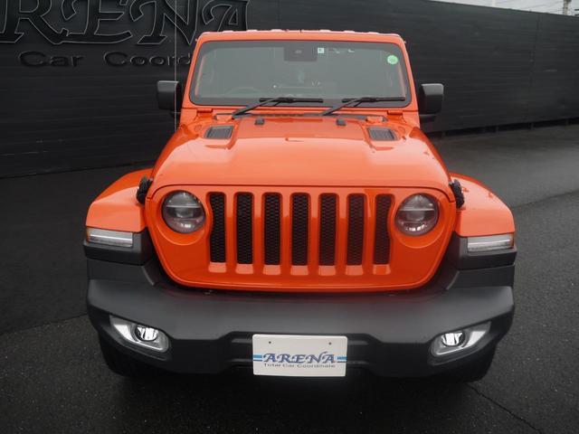 サハラ 2.0Lターボ 黒革シート ヒッチメンバー LEDヘッドライト クルーズコントロール フロント・リア・サイドカメラ ステアリング&シートヒーター カープレイ パーキングセンサー ETC 新車3年保証(21枚目)