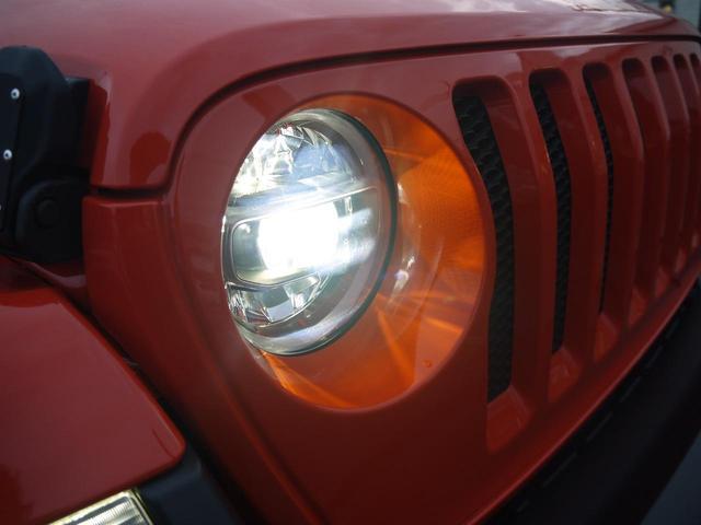 サハラ 2.0Lターボ 黒革シート ヒッチメンバー LEDヘッドライト クルーズコントロール フロント・リア・サイドカメラ ステアリング&シートヒーター カープレイ パーキングセンサー ETC 新車3年保証(22枚目)