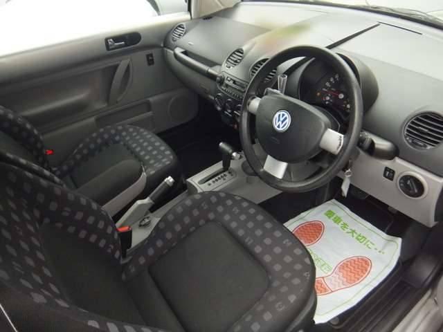 フォルクスワーゲン VW ニュービートル ベースグレード 記録簿 キーレス