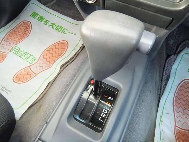トヨタ ハイラックススポーツピック エクストラキャブ  社外ホイール Wレター