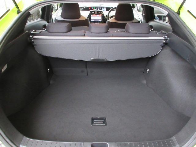 トヨタ プリウス S セーフティ プラス セーフティーセンスPKG ナビTV