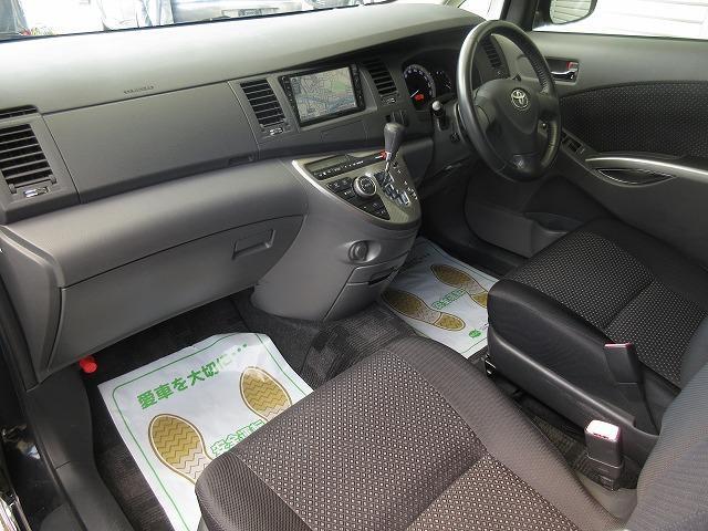 車検、鈑金、パーツの取付け等、格安にて承ります。(無料代車完備です)また代替えの際は、ナビやETCなどのパーツ類の移植等も致しますので、何なりとお申し付け下さい。