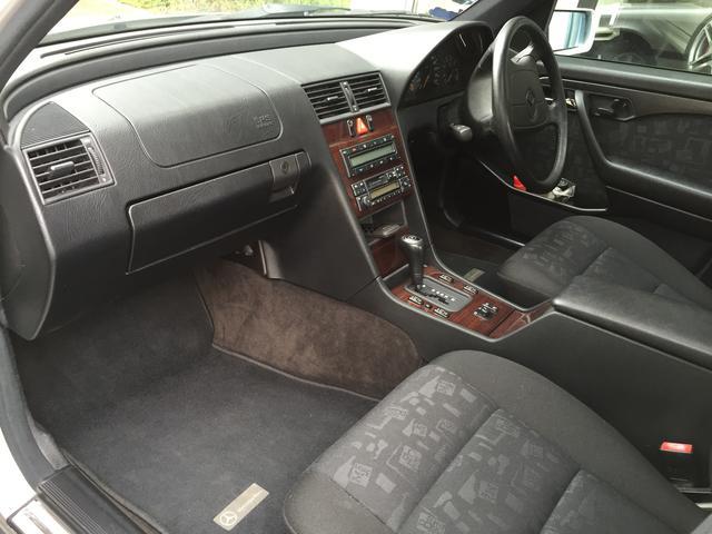 メルセデス・ベンツ M・ベンツ C200 2オーナー 正規ディーラー車