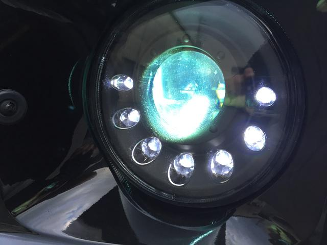 マンソリーLED/バイキセノンヘッドライト