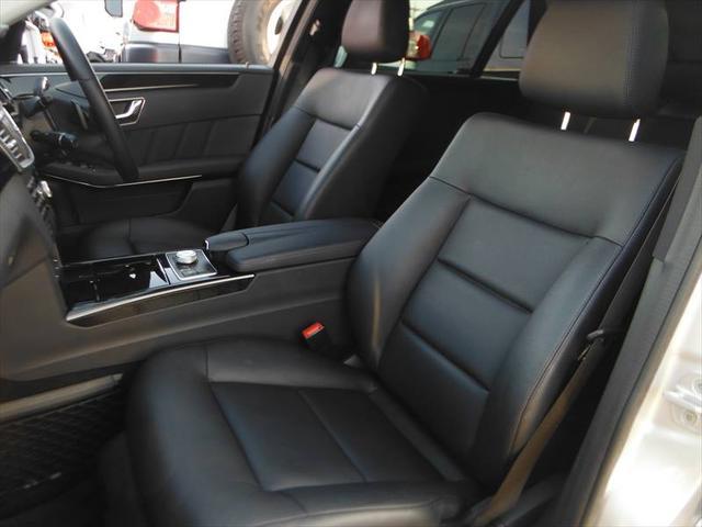 メルセデス・ベンツ M・ベンツ E350ブルテックSWアバンG プラスPKG 黒革 SR