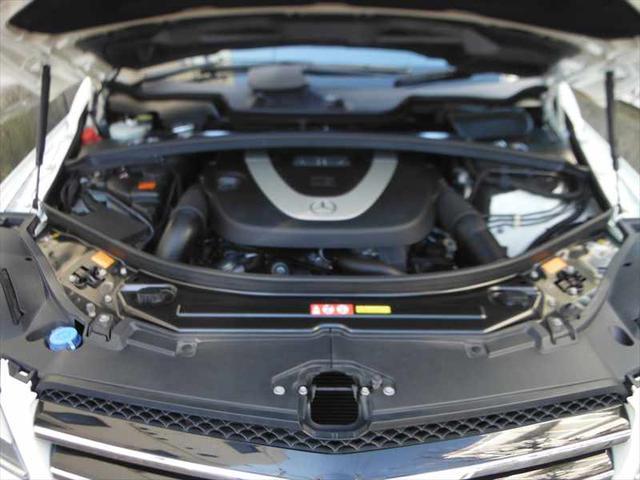 メルセデス・ベンツ M・ベンツ R350 4M ラグジュアリーP スポーツスタイルP 黒革