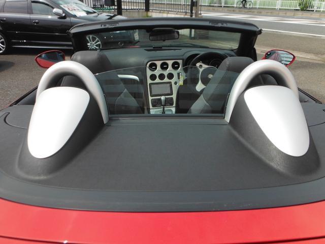アルファロメオ アルファスパイダー 3.2 JTS Q4 Qトロ ディスティンク 正規デーラー車