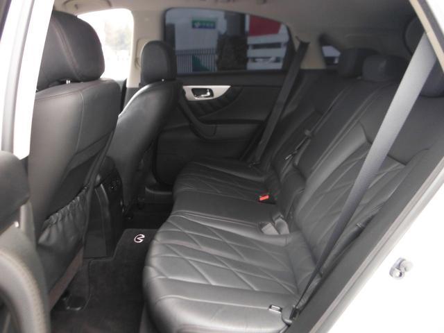 FX35プレミアムPKG 新車並行 黒革 SR 22AW(14枚目)