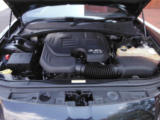 V型6気筒DOHC・出力286ps(210kW)/6350rpm・トルク34.7kg・m(340N・m)/4650rpm(カタログ値)