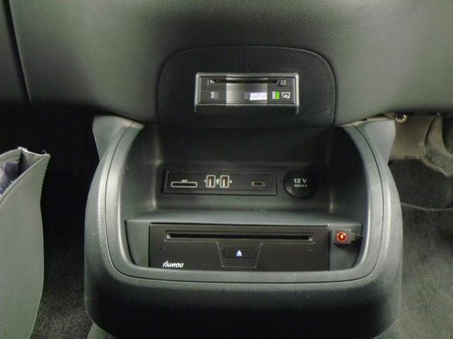 DVDプレーヤー&SD・USBスロットル・DSRC、ETCを装備しています!