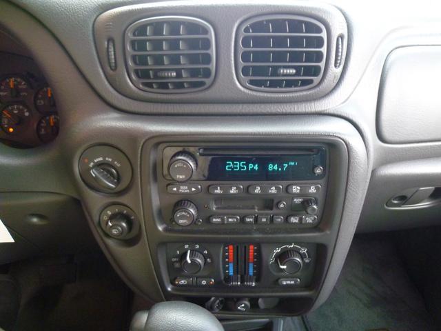インパネスイッチでオート4WD、2HI、4HI、4LOの4種類のモードが選べます!