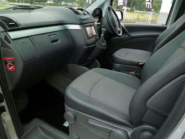 上質なハーフレザーシートで左右シートヒーター&運転席パワーシートです!