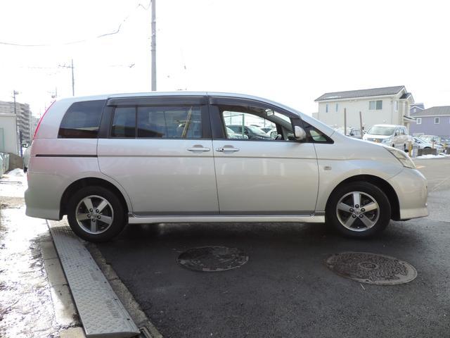 トヨタ アイシス プラタナ 純正HDDナビ バックカメラ
