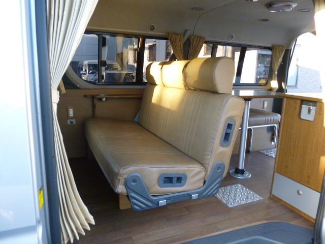 トヨタ ハイエースワゴン DXアネックス製キャンピング8ナンバー