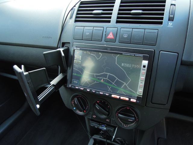フォルクスワーゲン VW ポロ SE 禁煙 ワンオーナー バックカメラ 外ナビ 革巻ハンドル