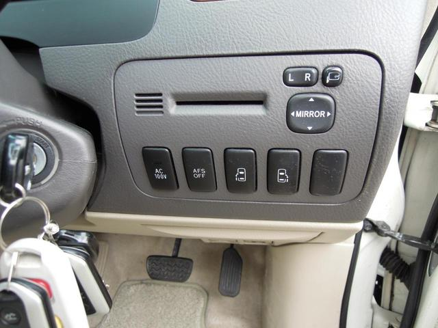 MZ サイドリフトアップシート 両側電動スライドドア Wサンルーフ 純正HDDナビ フロント&バックモニター 後席フリップダウンモニター 禁煙 ワンオーナー 全記録簿あり(28枚目)