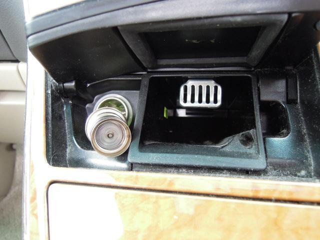 MZ サイドリフトアップシート 両側電動スライドドア Wサンルーフ 純正HDDナビ フロント&バックモニター 後席フリップダウンモニター 禁煙 ワンオーナー 全記録簿あり(31枚目)
