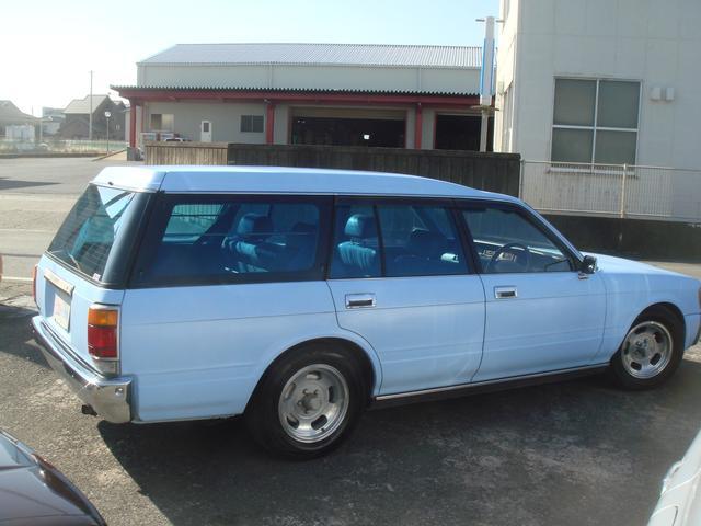 トヨタ クラウンバン マッドライトブルー4ナンバー車両