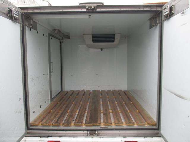 スズキ キャリイトラック KC冷凍冷蔵車オートマ