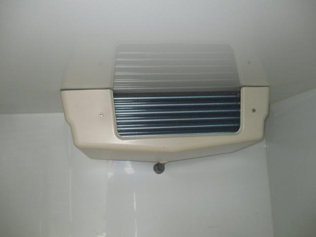 スズキ キャリイトラック KC冷凍冷蔵車-5℃ オートマ