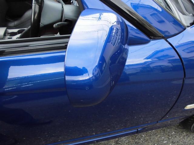 スペックRにはカスタマイズベース車のタイプB、スペックSにはアルミホイールや本革ステアリングが標準となるGパッケージも設定される。