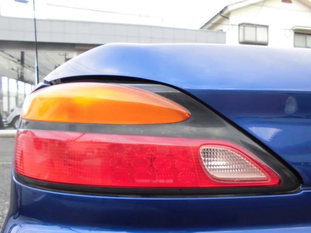 ターボエンジン搭載車はボディ剛性を向上させる補強パーツを標準装備しNAのエアロ仕様車はオプションで装着ができる。ターボ車には電動スーパーHICASと電子制御ステアリングのセットオプションも用意される。