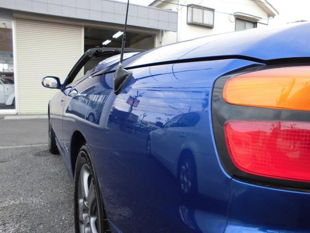 安全装備として全車にデュアルエアバッグ、ブレーキアシスト、ABSを標準で装着する。また、オーテックジャパンからコンバーチブルモデルとなるヴァリエッタもラインアップされている。