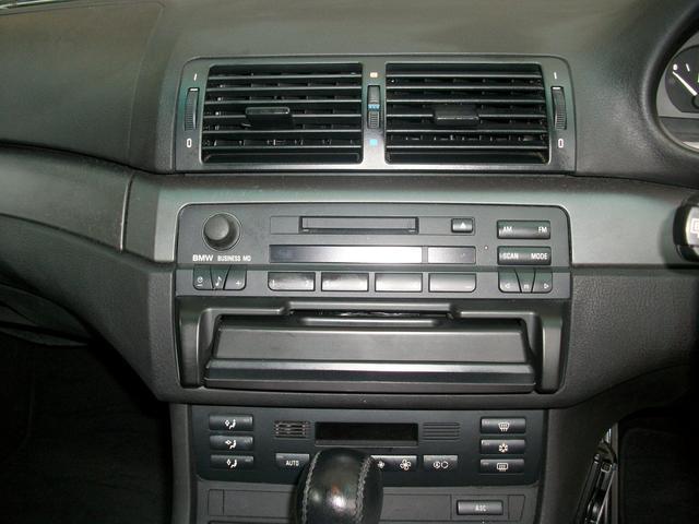 BMW BMW 320i 6気筒エンジン DVDナビ ETC