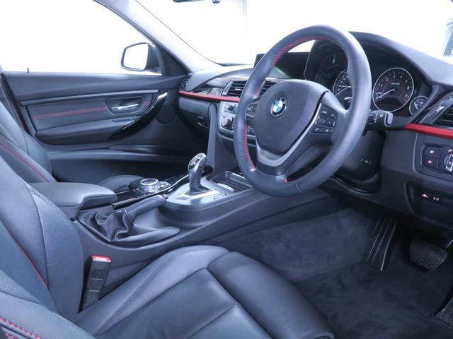 320i スポーツ 社外黒革 社外地デジ BMW認定中古車(2枚目)