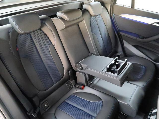 xDrive 18d Mスポーツ コンフォートパッケージ オートトランク スライディングリヤシート 18AW(7枚目)