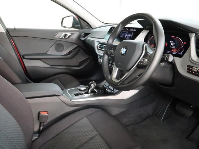 118d プレイ エディションジョイ+ ナビパッケージ 運転席のみ電動シート ワイヤレスチャージング 16AW(5枚目)