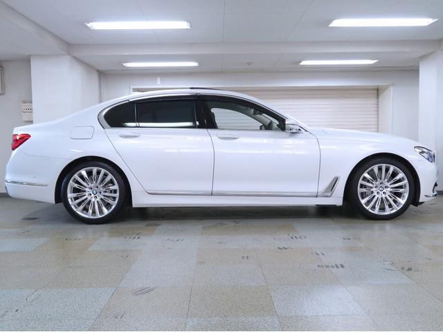 740i エクセレンス BMW認定中古車 1年保証 エクセレンス 黒革 20インチAW(5枚目)