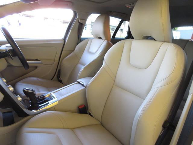 クロスカントリー T5 AWD SE サンルーフ レザーS(15枚目)