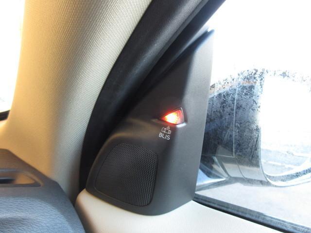 クロスカントリー T5 AWD SE サンルーフ レザーS(17枚目)