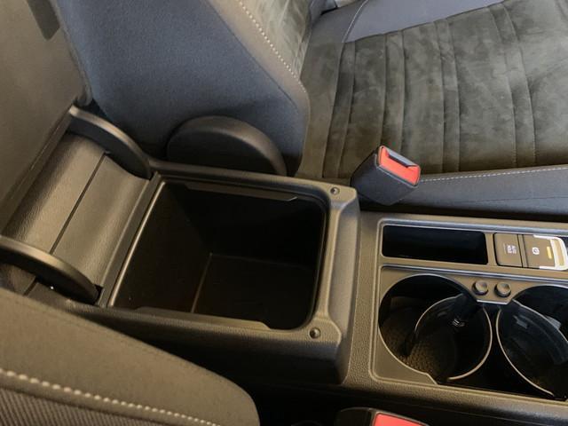 TSI ハイライン スマートキー アダプティブクルーズコントロール プリクラッシュブレーキ ナビ地デジ バックカメラ アルカンターラコンビシート シートヒーター LEDライト パドルシフト ETC Iストップ(54枚目)