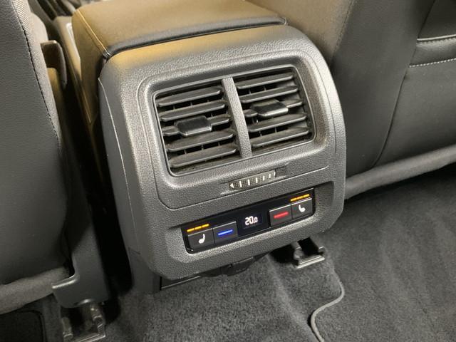 TSI ハイライン スマートキー アダプティブクルーズコントロール プリクラッシュブレーキ ナビ地デジ バックカメラ アルカンターラコンビシート シートヒーター LEDライト パドルシフト ETC Iストップ(65枚目)