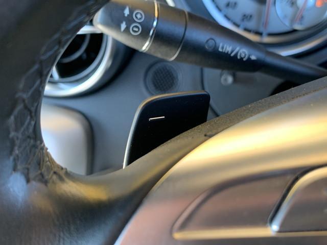 ★キーレスゴー付きR172型 SLK200入庫です!●純正バイキセノンライト!●純正ナビ&地デジ!●Bluetoothオーディオ&Bluetooth電話!●前後コーナーセンサー!●キーレスゴー!