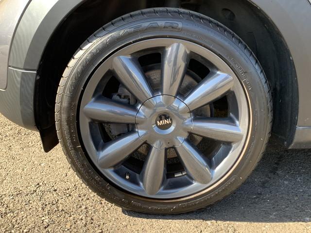 クーパーSD クロスオーバー パークレーン 特別仕様車 ビジュアルブースト 純正ナビ地デジ 純正18インチアルミ キセノンライト パドルシフト ハーフレザーシート シートヒーター スポーツモード オートクルーズコントロール Bluetooth(6枚目)