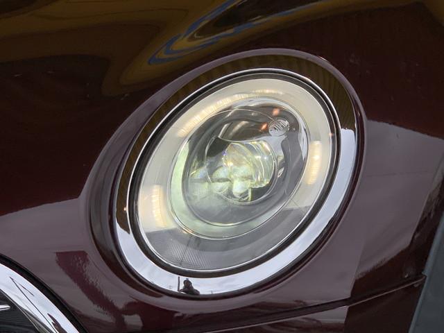 クーパー クラブマン 純正ナビ バックカメラ LEDヘッドライト LEDフォグランプ 純正17インチアルミ アイドリングストップ バックソナー プッシュスタート シートカバー ETC(22枚目)
