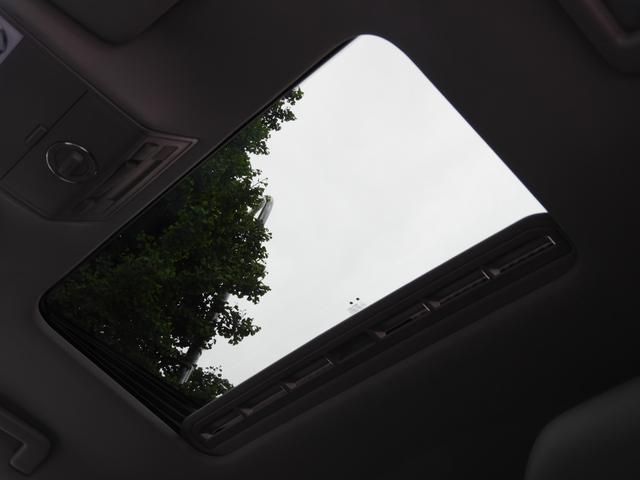 V8 ガラスSR 黒革 HDDナビBカメラ 社外22AW(7枚目)