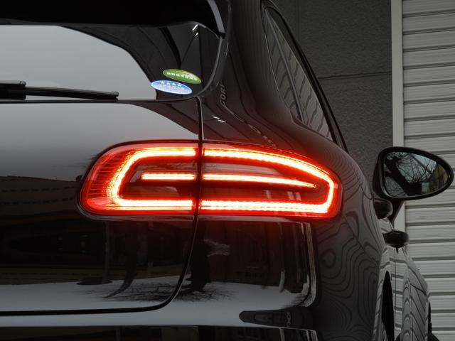 「ポルシェ」「ポルシェ マカン」「SUV・クロカン」「東京都」の中古車5