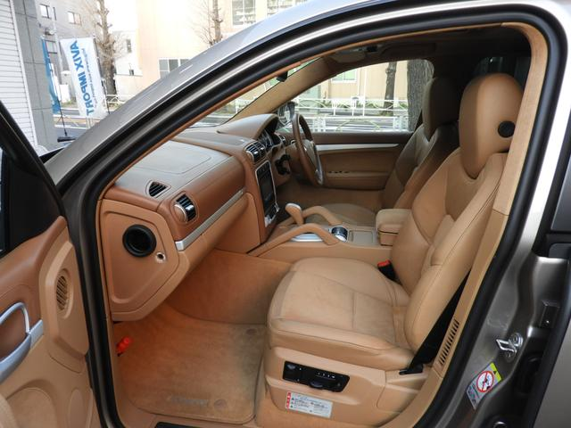 「ポルシェ」「ポルシェ カイエン」「SUV・クロカン」「東京都」の中古車15