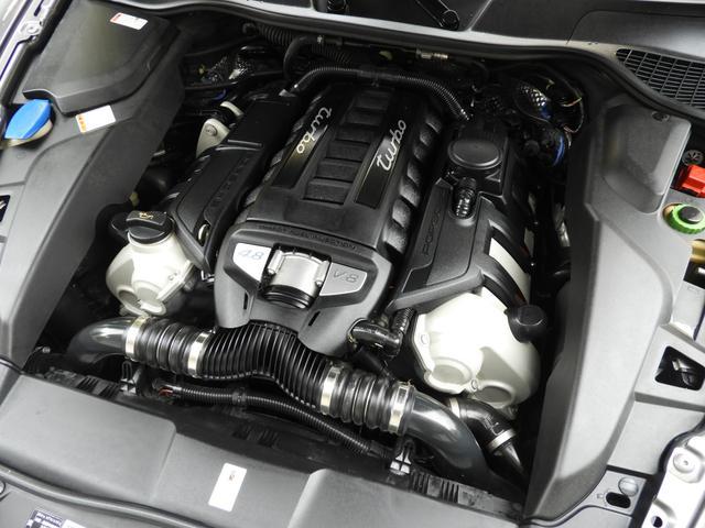 ティプトロニック&パドルシフト 8速AT イモビライザーエレクトロニックキー レインセンサー 右ハンドル ポルシェ正規ディーラー車