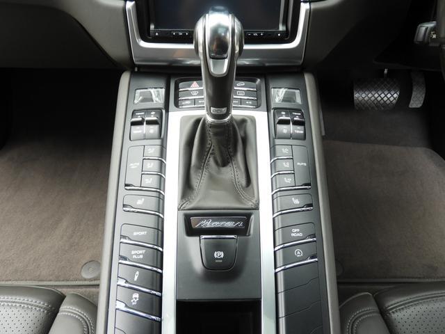 「ポルシェ」「マカン」「SUV・クロカン」「東京都」の中古車10