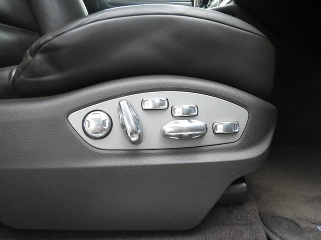 「ポルシェ」「マカン」「SUV・クロカン」「東京都」の中古車40
